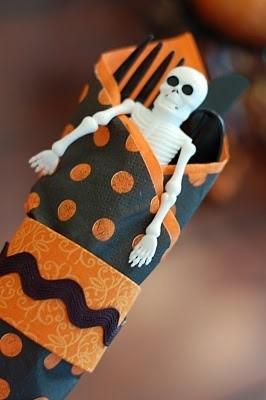 halloween utencils