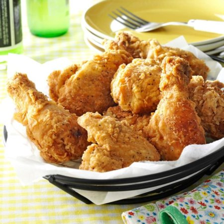 Crispy-Fried-Chicken_exps6445_PSG143429D03_05_5b_RMS-1-696x696